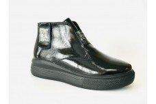 Женские черные ботинки из натурального лака Арт. 1269-01л