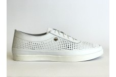 Женские белые кожаные кеды с перфорацией Арт. 2024-05