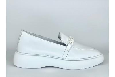 Женские белые кожаные лоферы Арт. 2136-05
