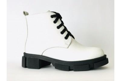 Женские белые кожаные ботинки Арт. 355-05