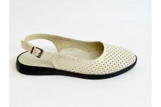 Летние женские кожаные бежевые босоножки с перфорацией Арт. 1082-04