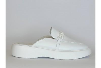 Летние женские кожаные белые шлепки с цепью Арт. 2137-05