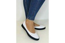 Женские белые кожаные туфли с перфорацией Арт. 515-25