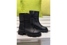 Женские черные кожаные зимние сапоги Арт. 2320-01
