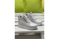 Женские белые кожаные зимние ботинки Арт. 2344-05